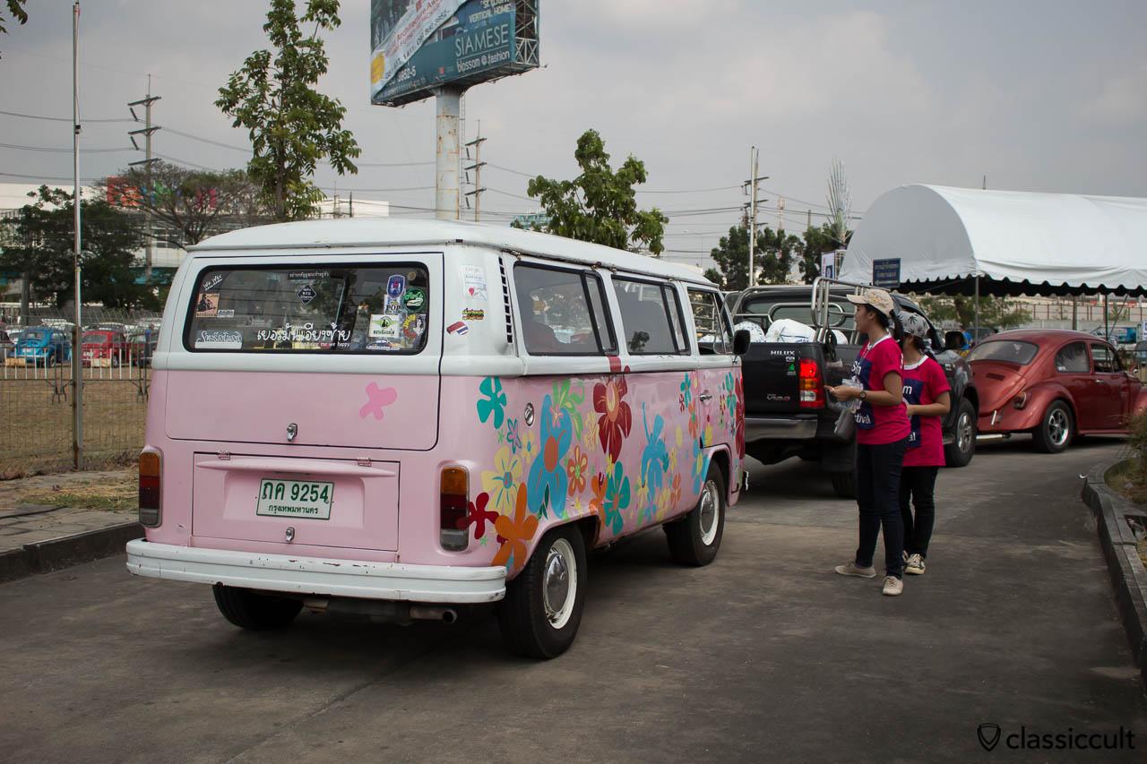 flower power bus
