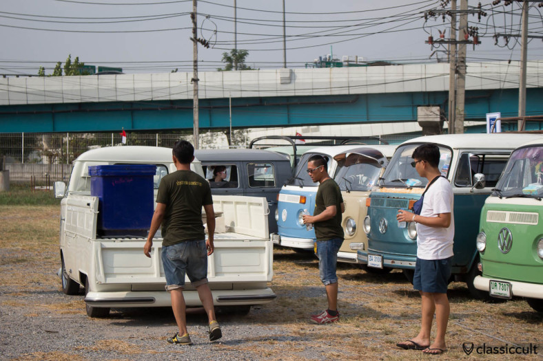 VW Thai Pick Up Bus