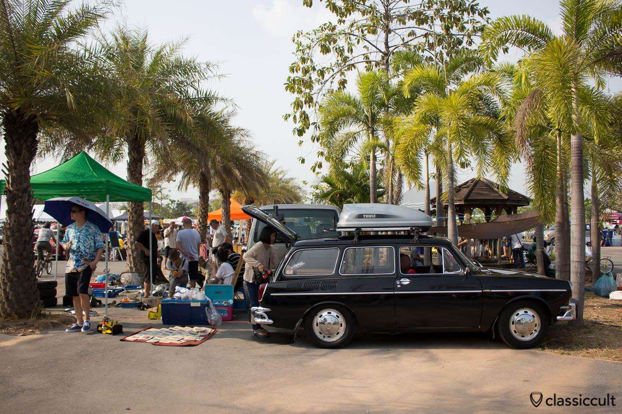 black Volkswagen 1600 Variant