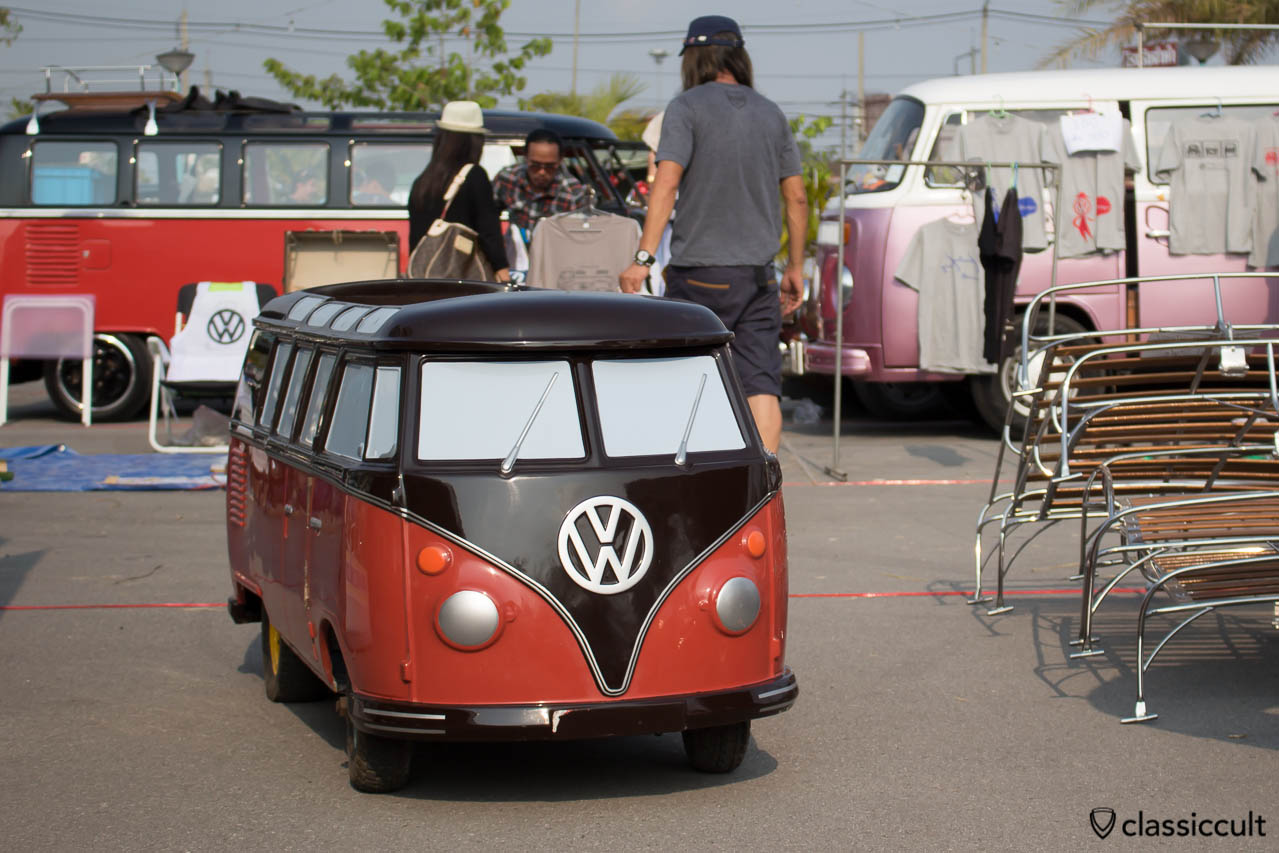 VW T1 Bus kids car, very cool, Made in Thailand