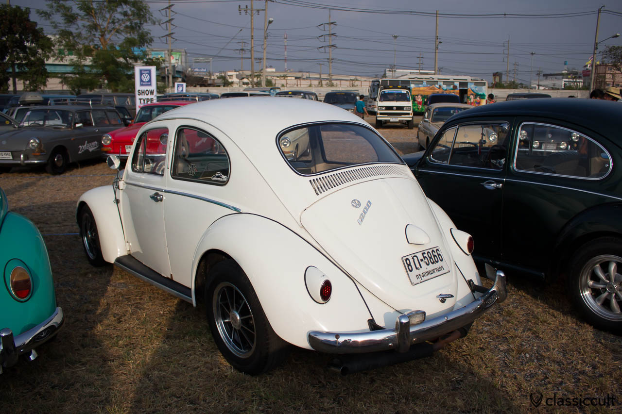 1958 Beetle with Bosch backup light