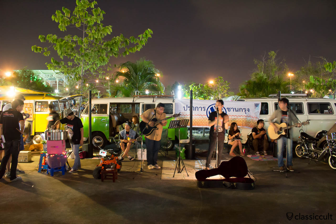 Live music entertainment, Siam VW Show Bangkok