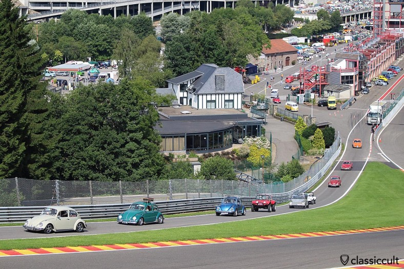 VW cruise on the race track, Spa Bug Show