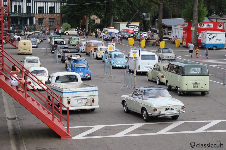 old VWs on the way to Bug Show Parade