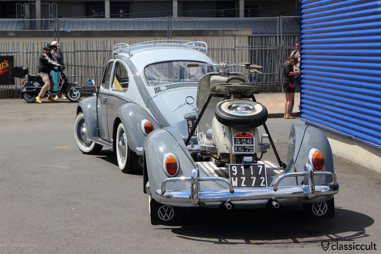 VW 1300 Beetle with cool scooter trailer