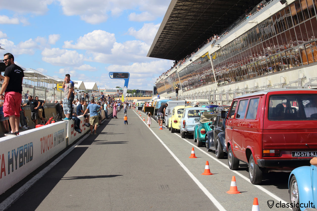 VW Fans waiting for Grand Parade on the Le Mans race track, 4:55 p.m.