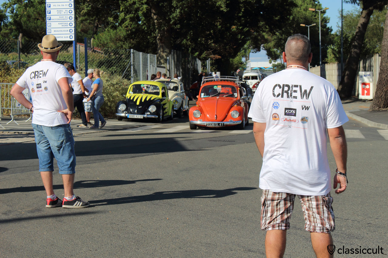 Super VW Festival Grand Parade 2015 finish, from hear it goes back to the campground and the crew helps to find the way