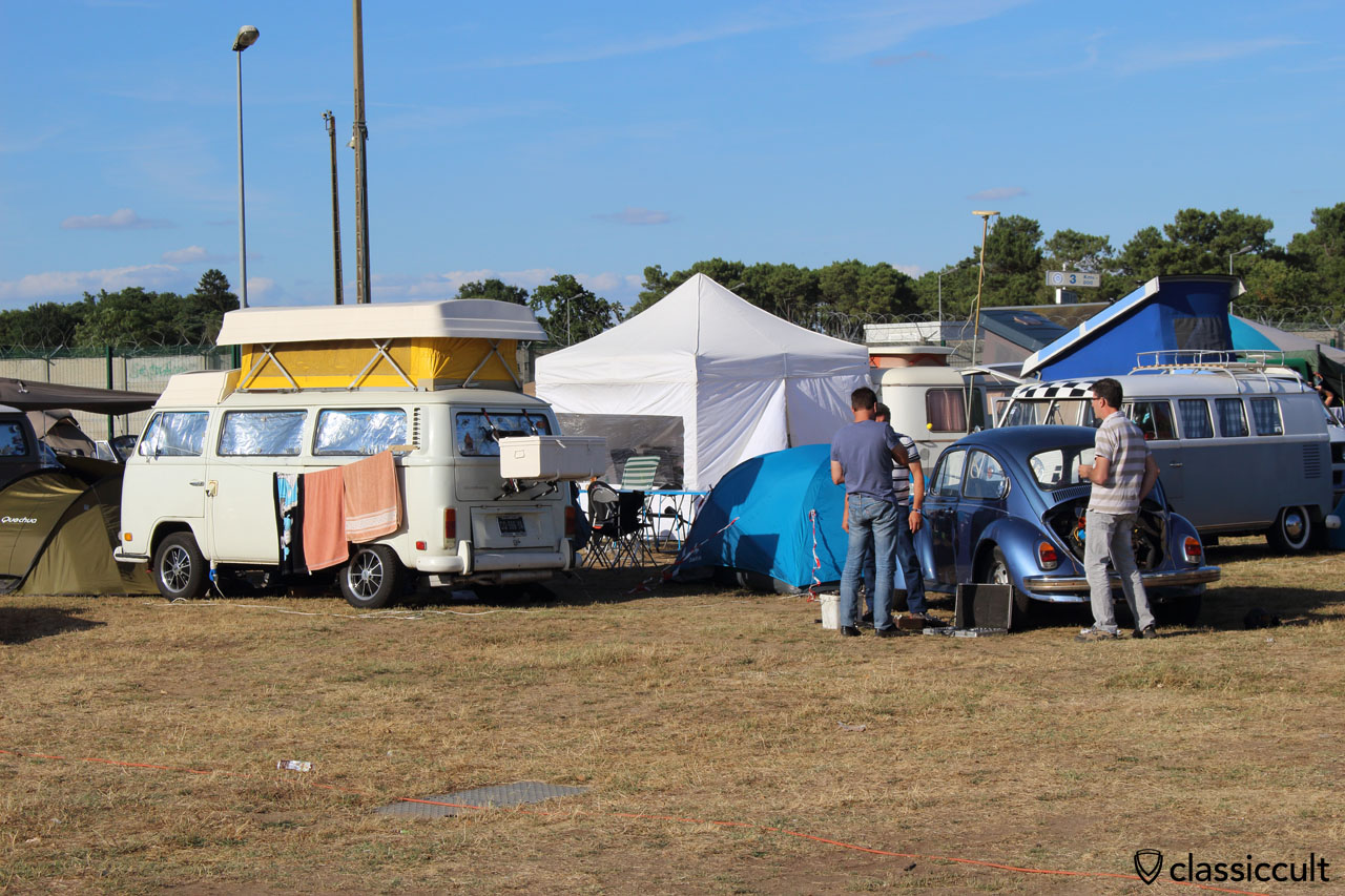 Super VW Festival campground, Saturday, 7:01 p.m.