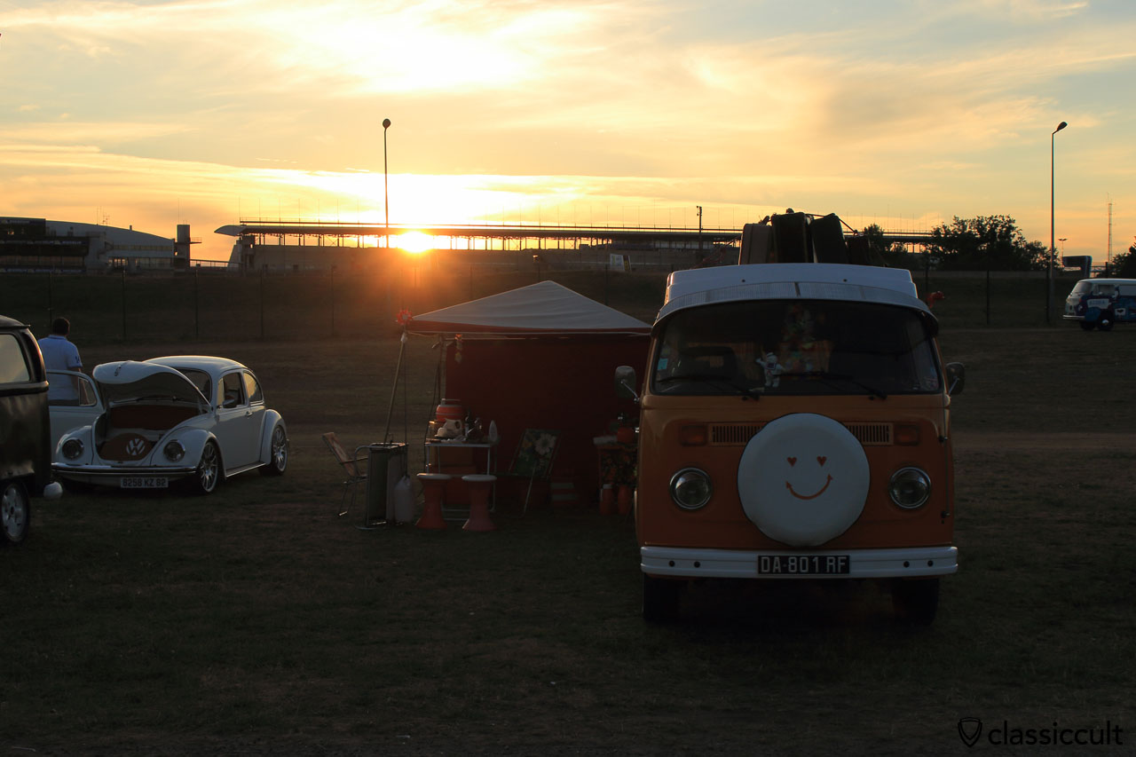 Sunset at Super VW Fest, Saturday 25th July 2015, 9:18 p.m.