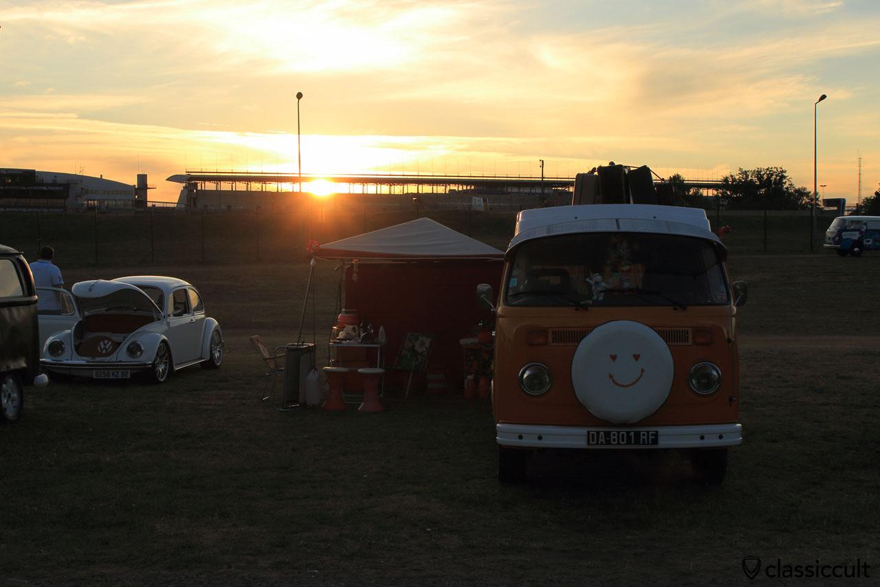 Sunset at Super VW Fest, Saturday 25th July 2015, 9:18 p.m.