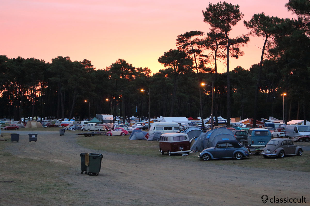 sunrise at Super VW Festival, Sunday 26th July 2015, 6:27 a.m.