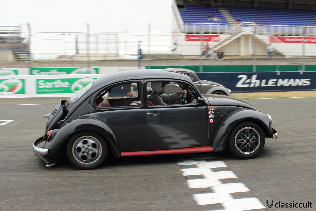 VW Beetle race Le Mans