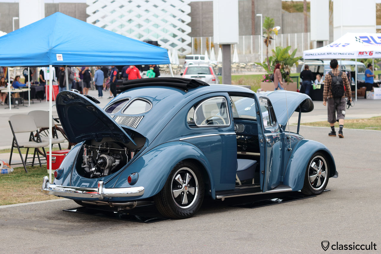 blue Ragtop Zwitter Split Oval Bug, all new and as good as possible, great paint job, everywhere polished, by kochs.com