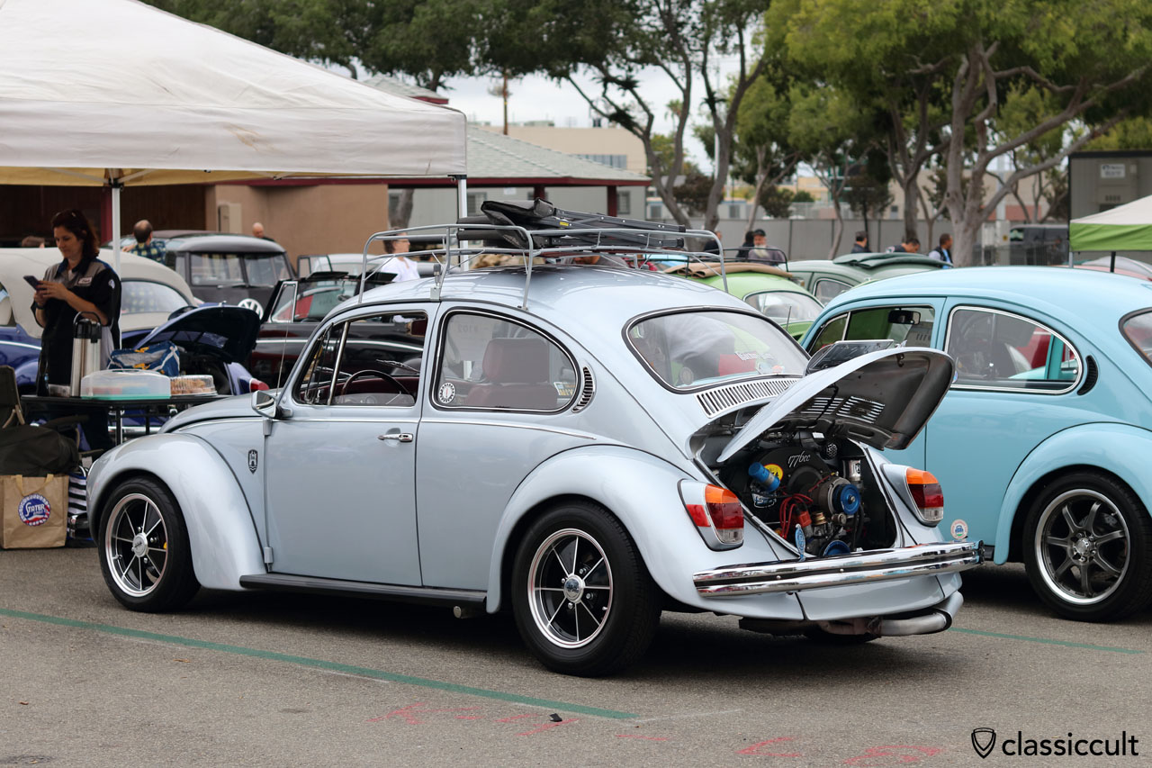 nice 1971 Superbeetle, with USA taillights
