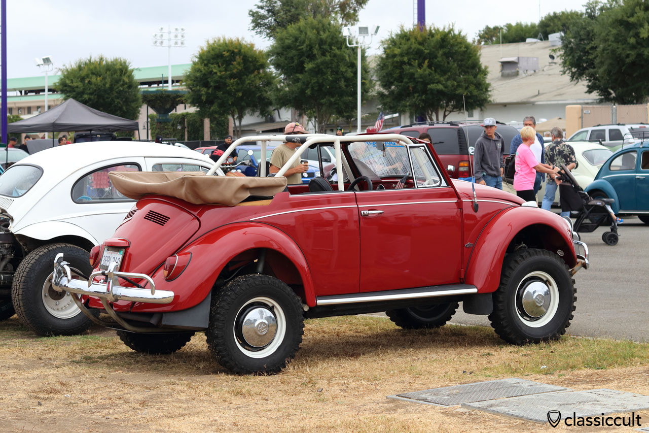 Classic VW Beetle with 4x4