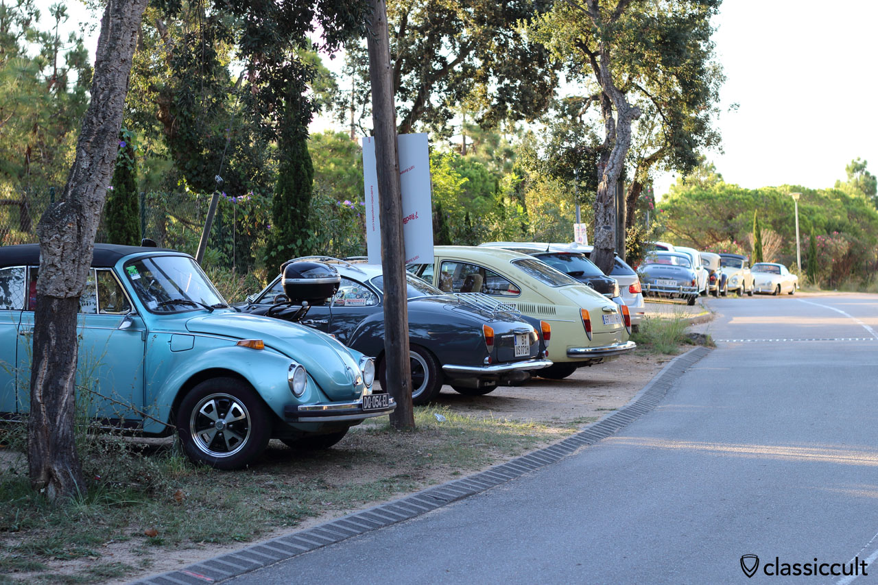 Aircooled VWs parking at Club Aire Libre
