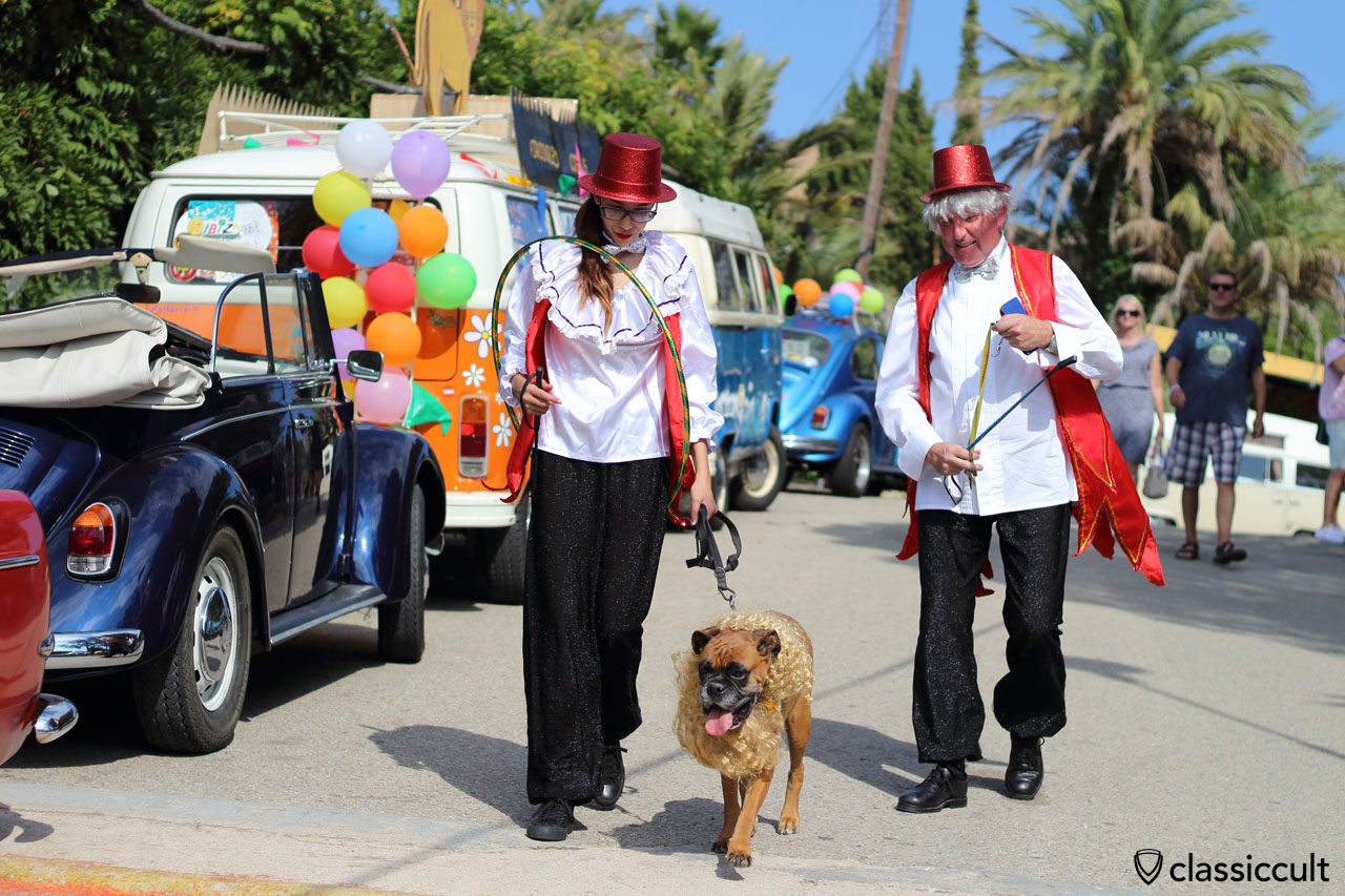 VW Fans with circus costume, well done! VW Meeting Tossa de Mar 2015