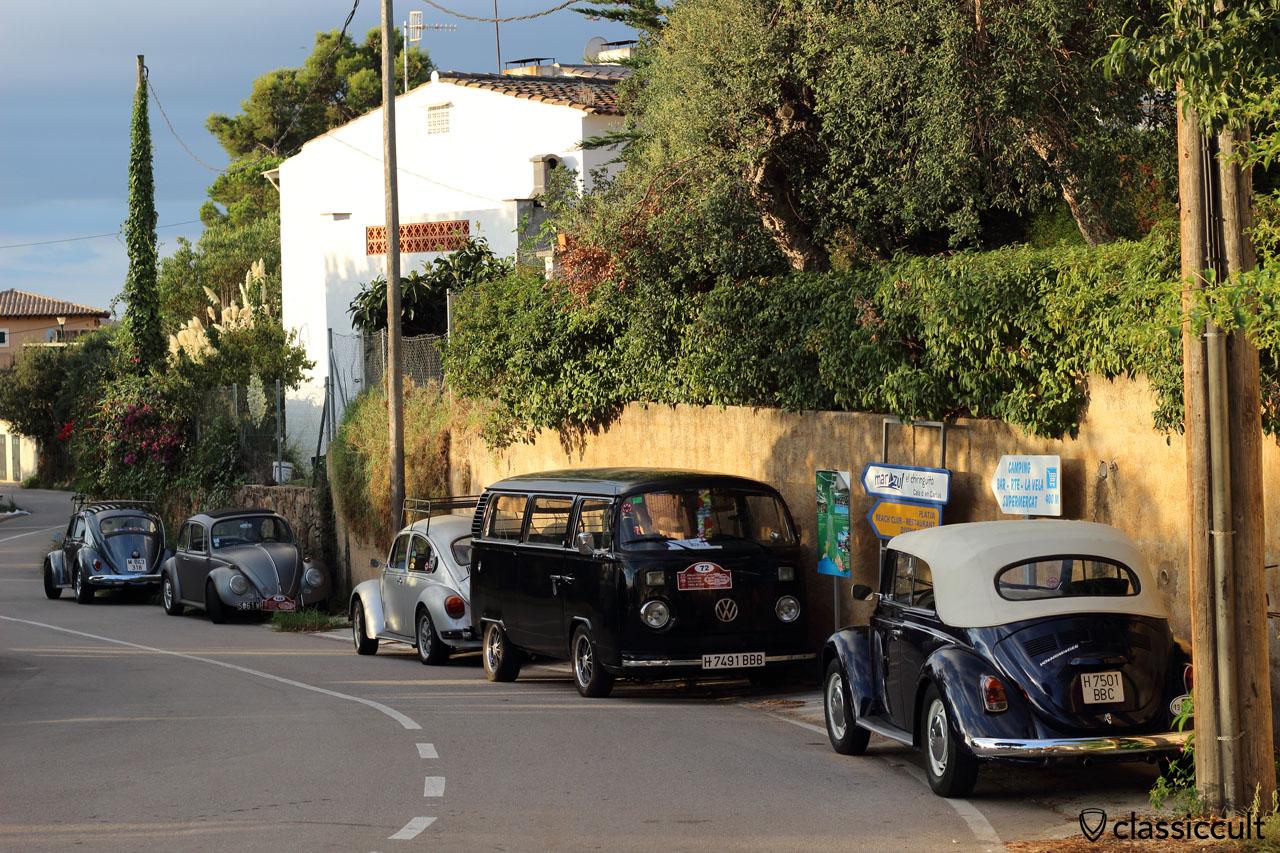 air cooled VW parking near Club Aire Libre