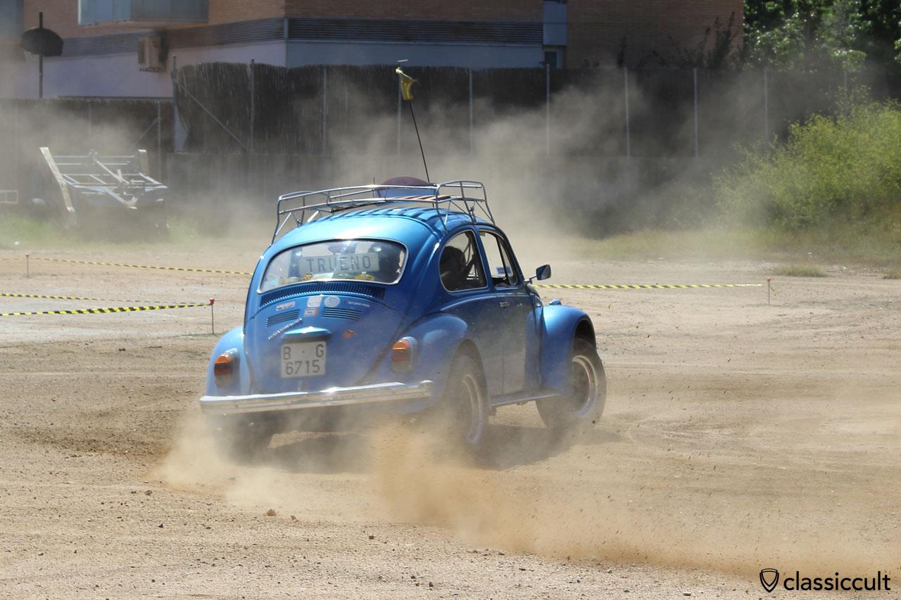 VW Beetle Slalom