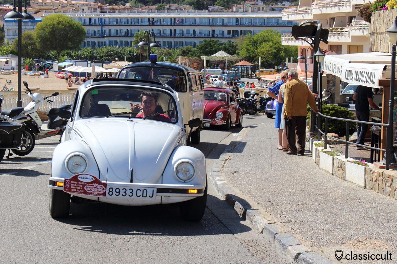 VW fans cruising along the beach in Tossa de Mar, 2:26 p.m.