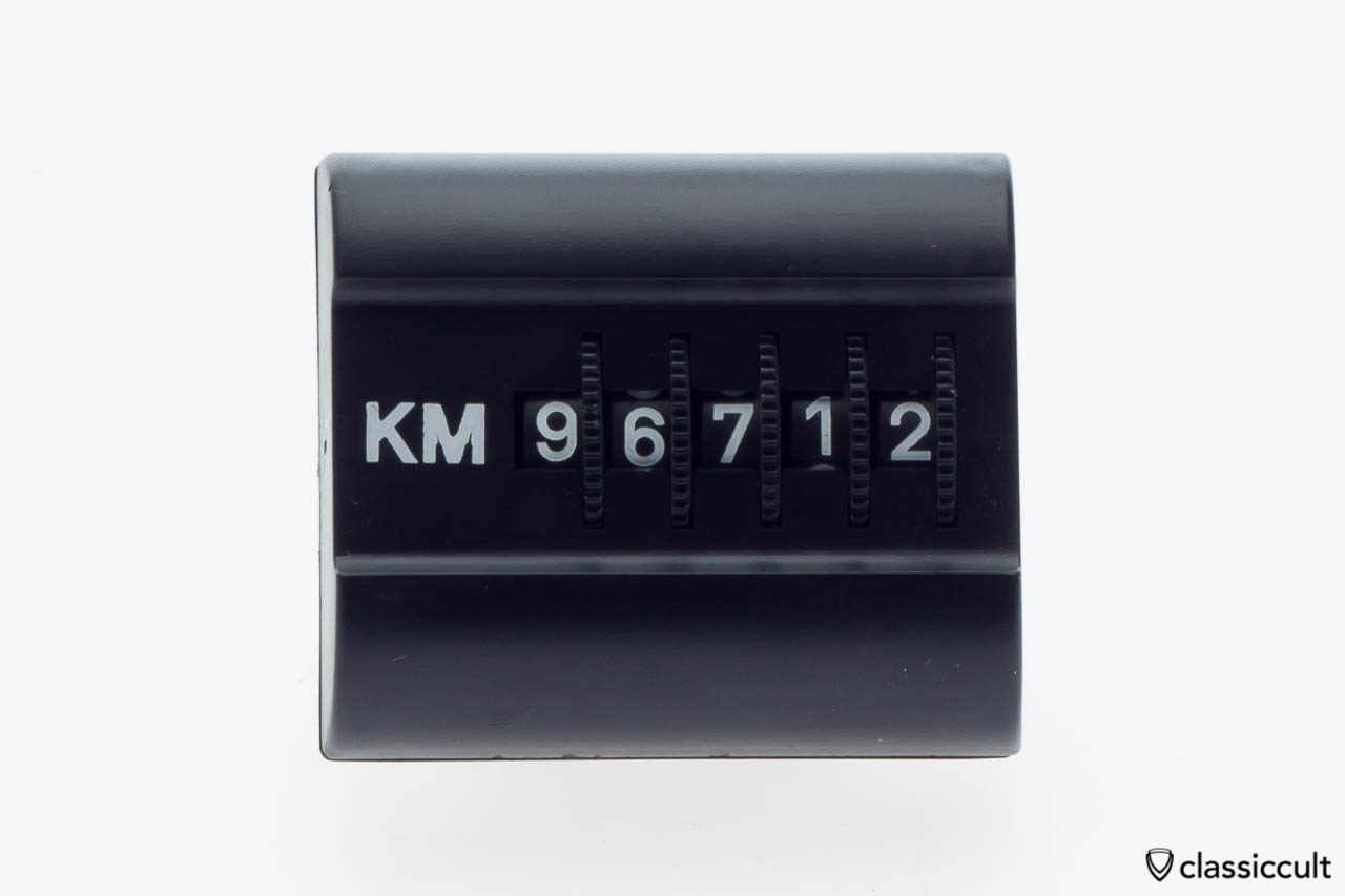 vintage-km-dash-trip-counter-1.jpg