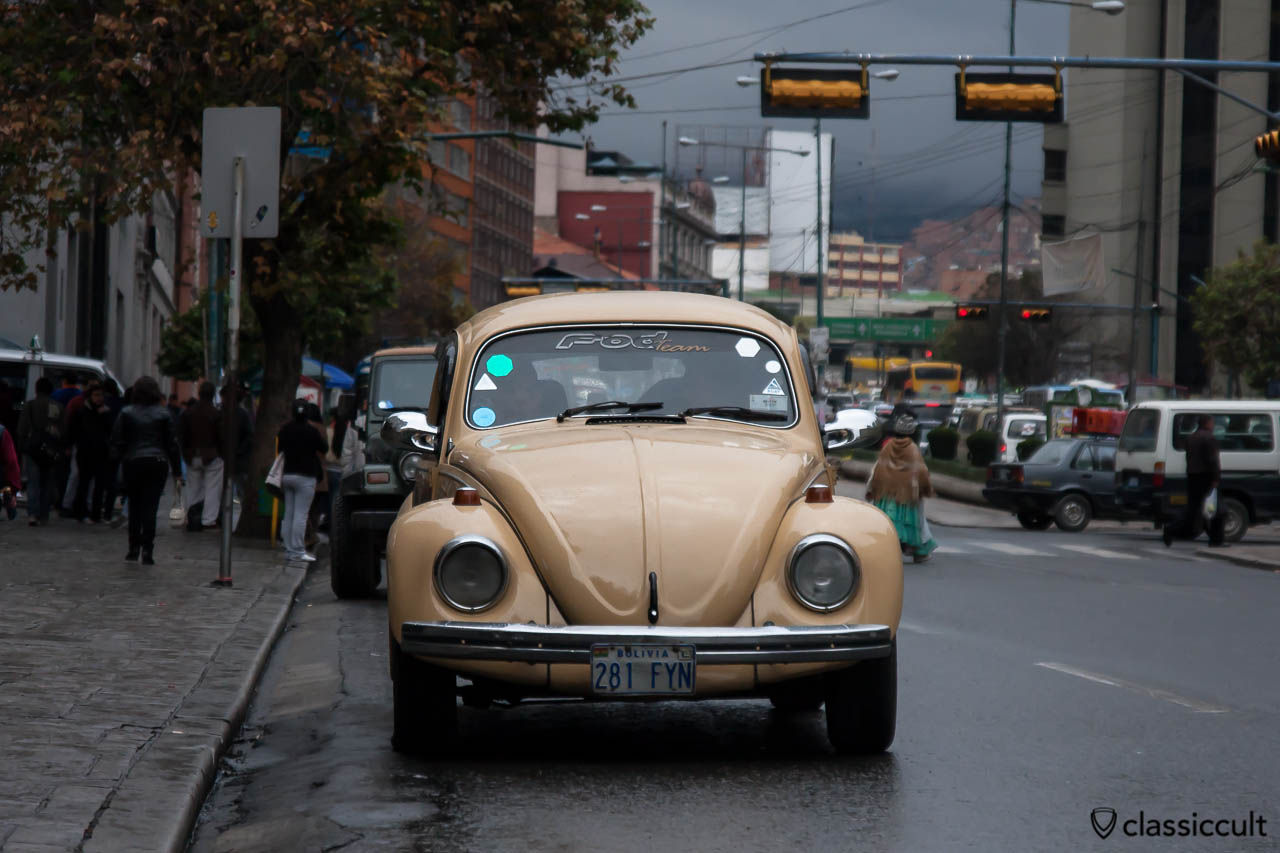 Volkswagen Peta Fusca 1600 frontside La Paz, Bolivia, May 18, 2013