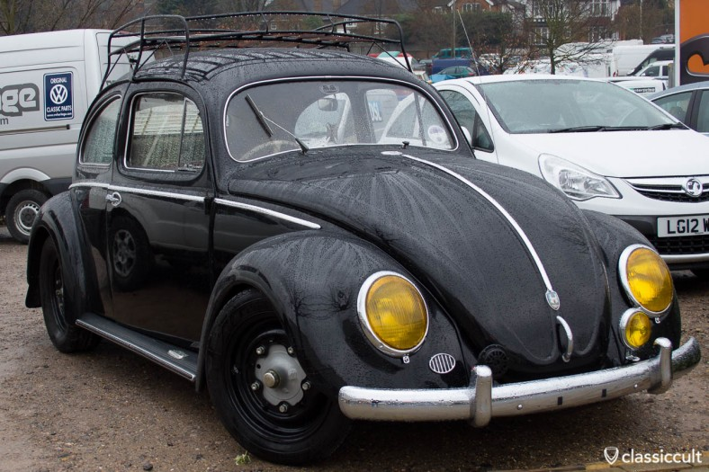 VW Bug with yellow headlight lenses