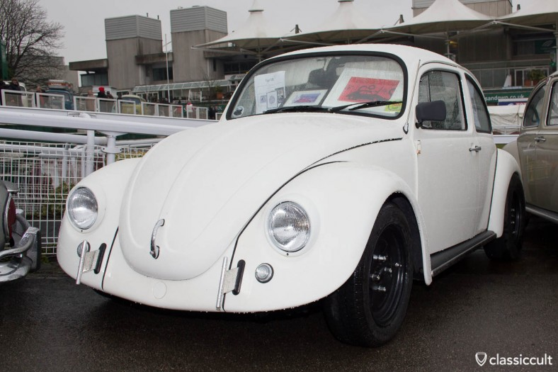 VW Beetle with T-bar bumper