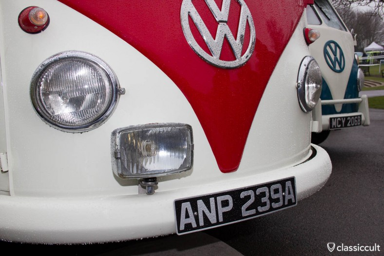 T1 Bus with square fog light