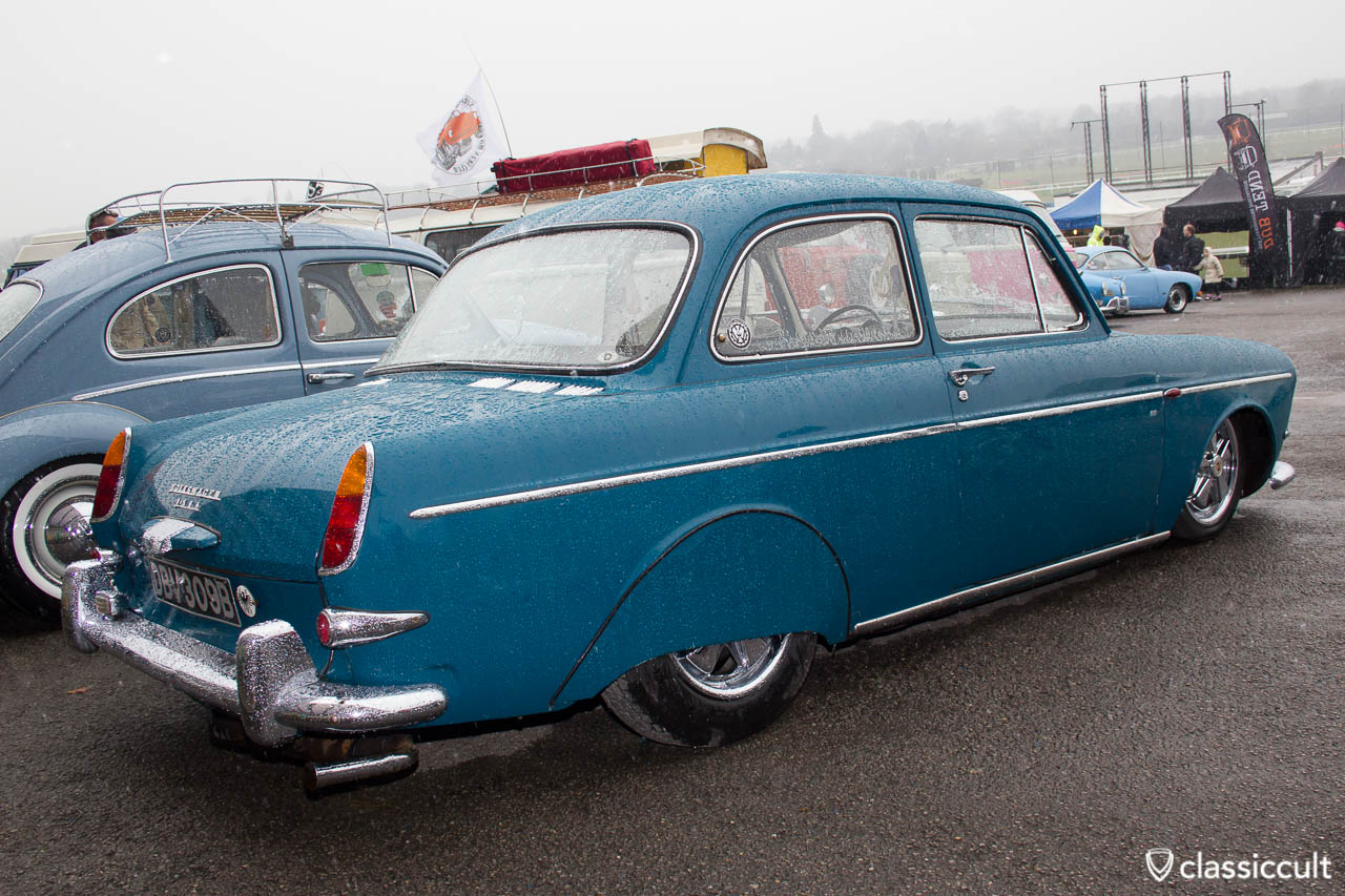 VW Type 3 1500 Notchback with fender skirts