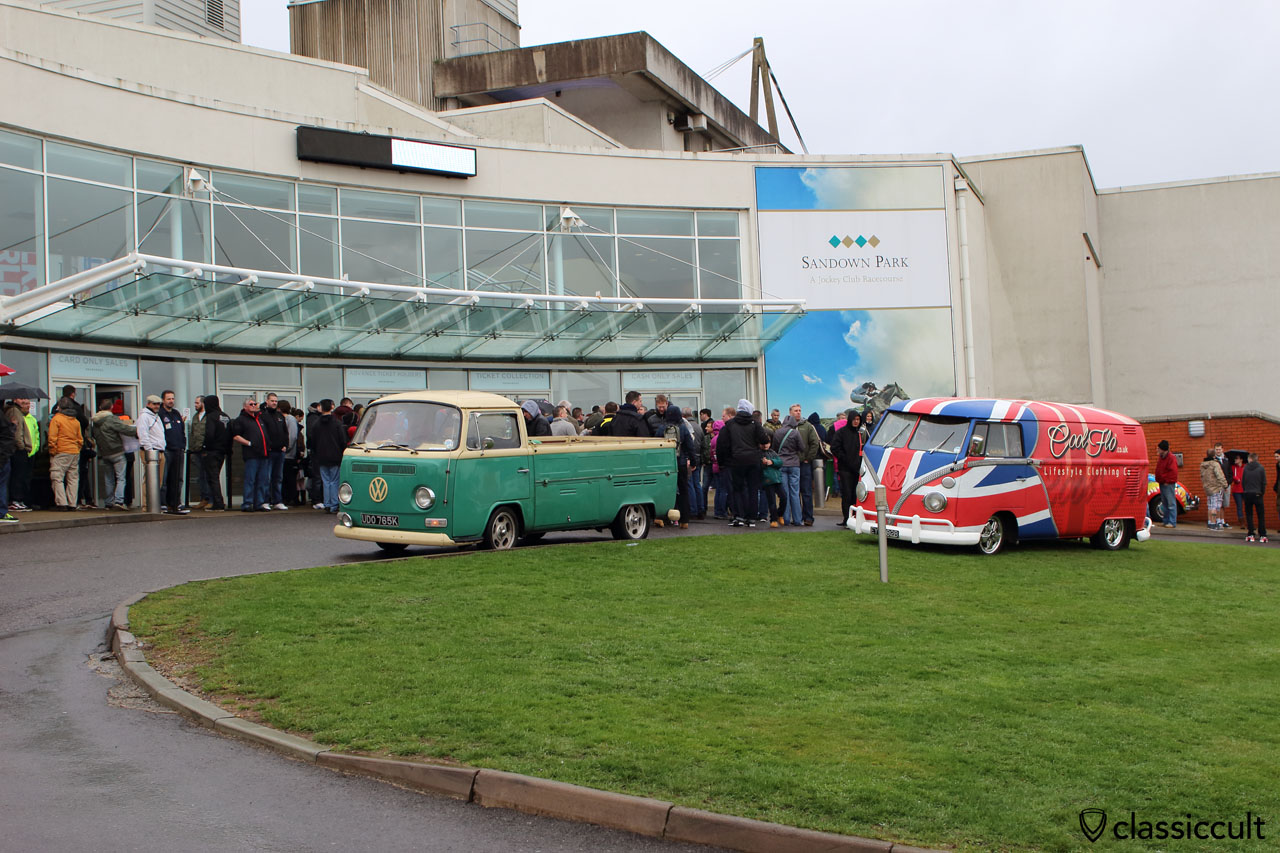 VW fans waiting for the opening of the Volksworld 2015 at 9:52 a.m.