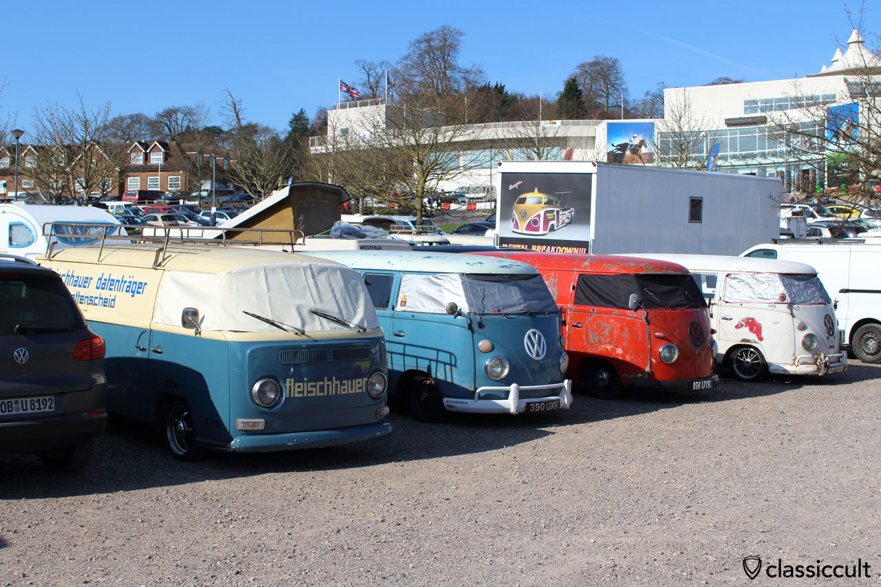 VW Bay and Split Window Vans