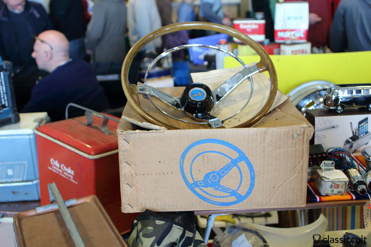 WOW, VW wood sport steering wheel in new old stock with box, only 775 GBP