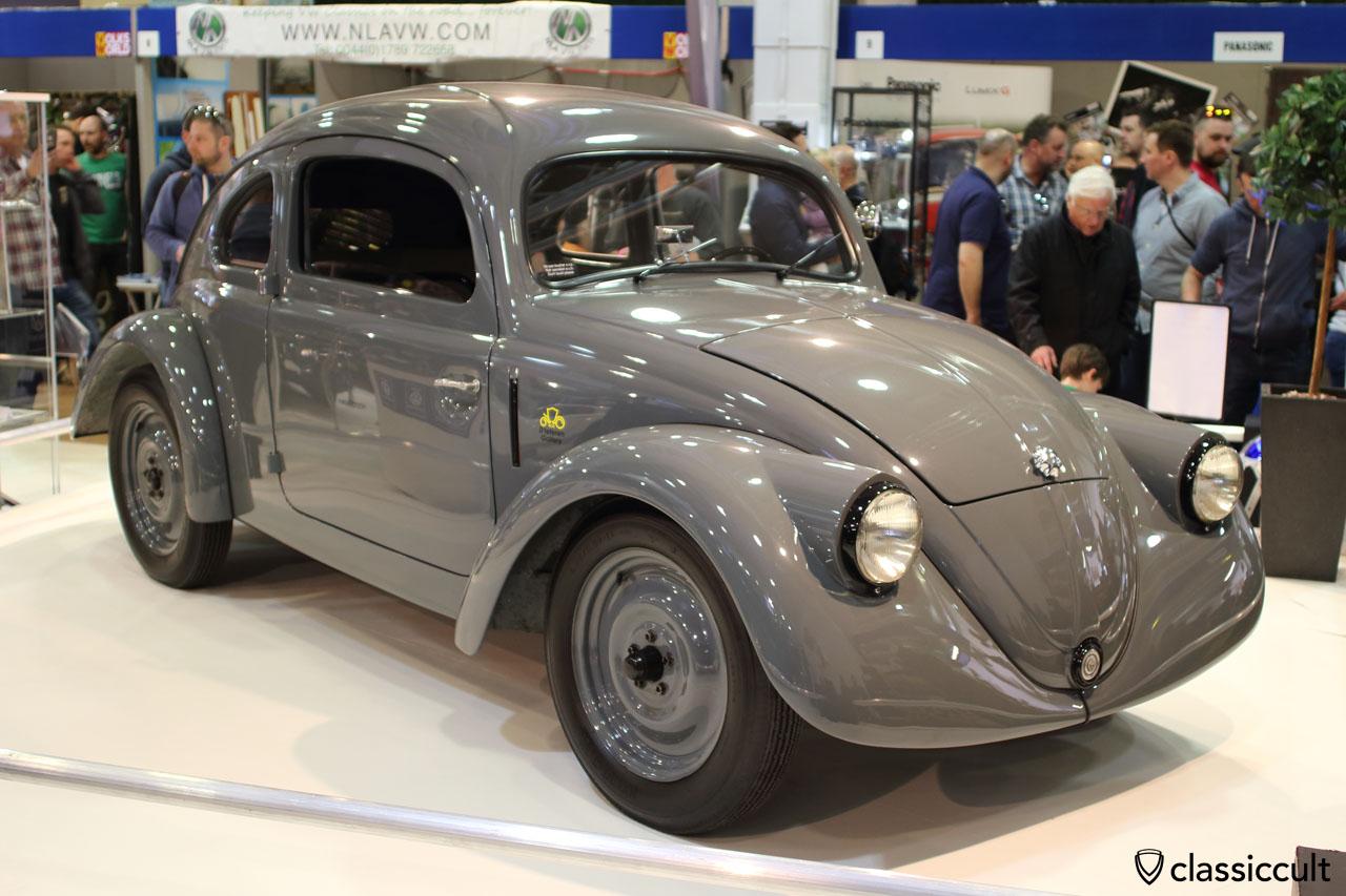 VolksWorld 2016, 1937 VW Prototype V30 Replica, front view, from D'Ieteren Gallery Belgium