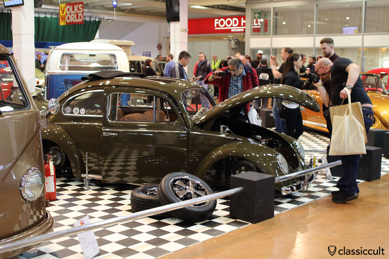 Ragtop Oval with Porsche Fuchs wheels
