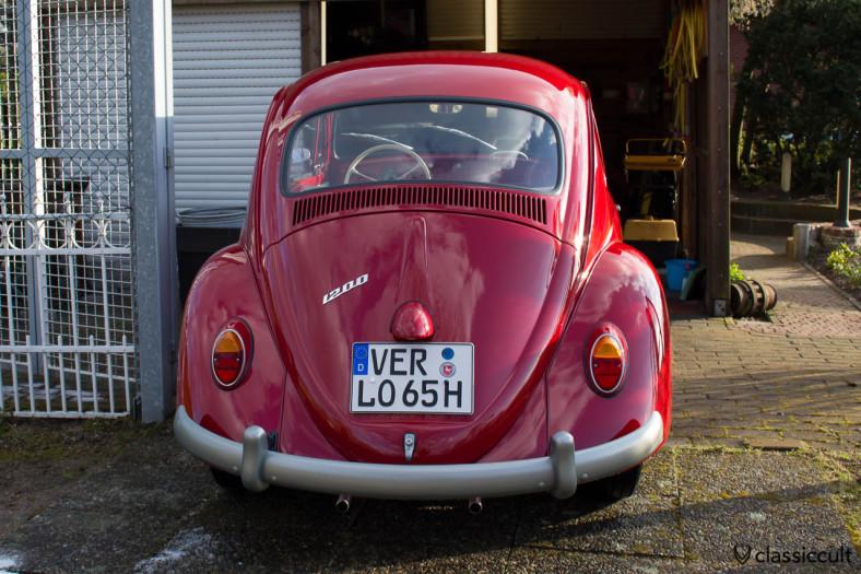 VW 1200 a Standard Beetle 1965 backside