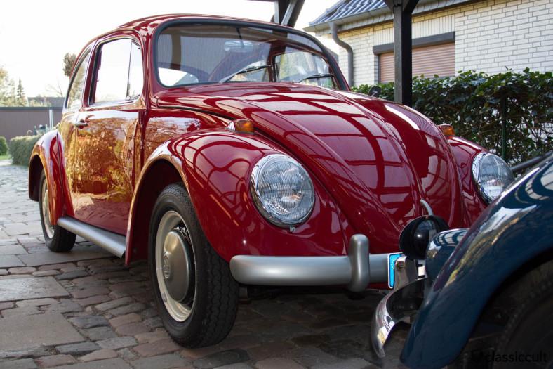 VW 1200 a Standard Beetle 1965 side view