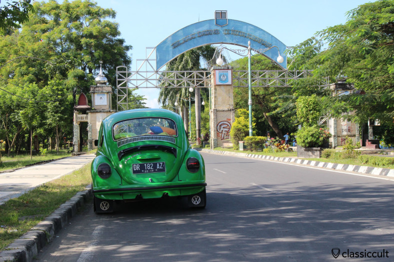 VW Beetle 1303 rear, Mataram, Lombok, Indonesia, March 1, 2014