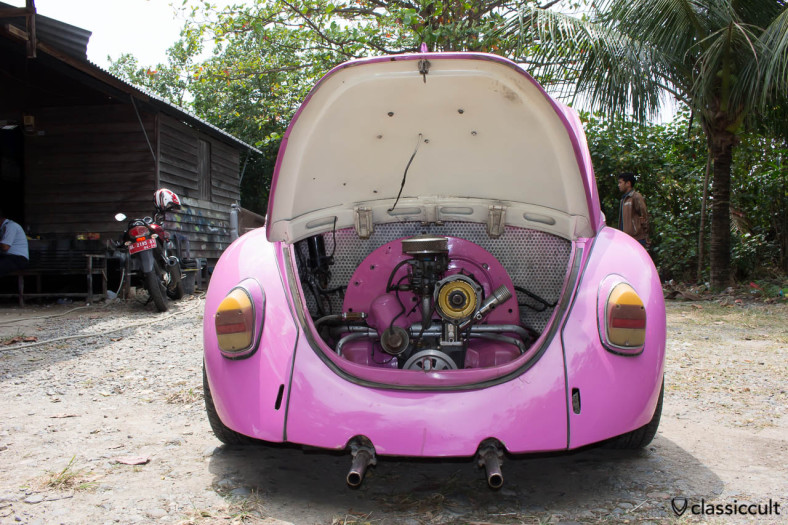 VW Beetle Koetaradja Volkswagen Club - motor