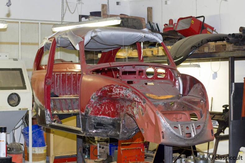 VW Beetle welding body with new Heater channels