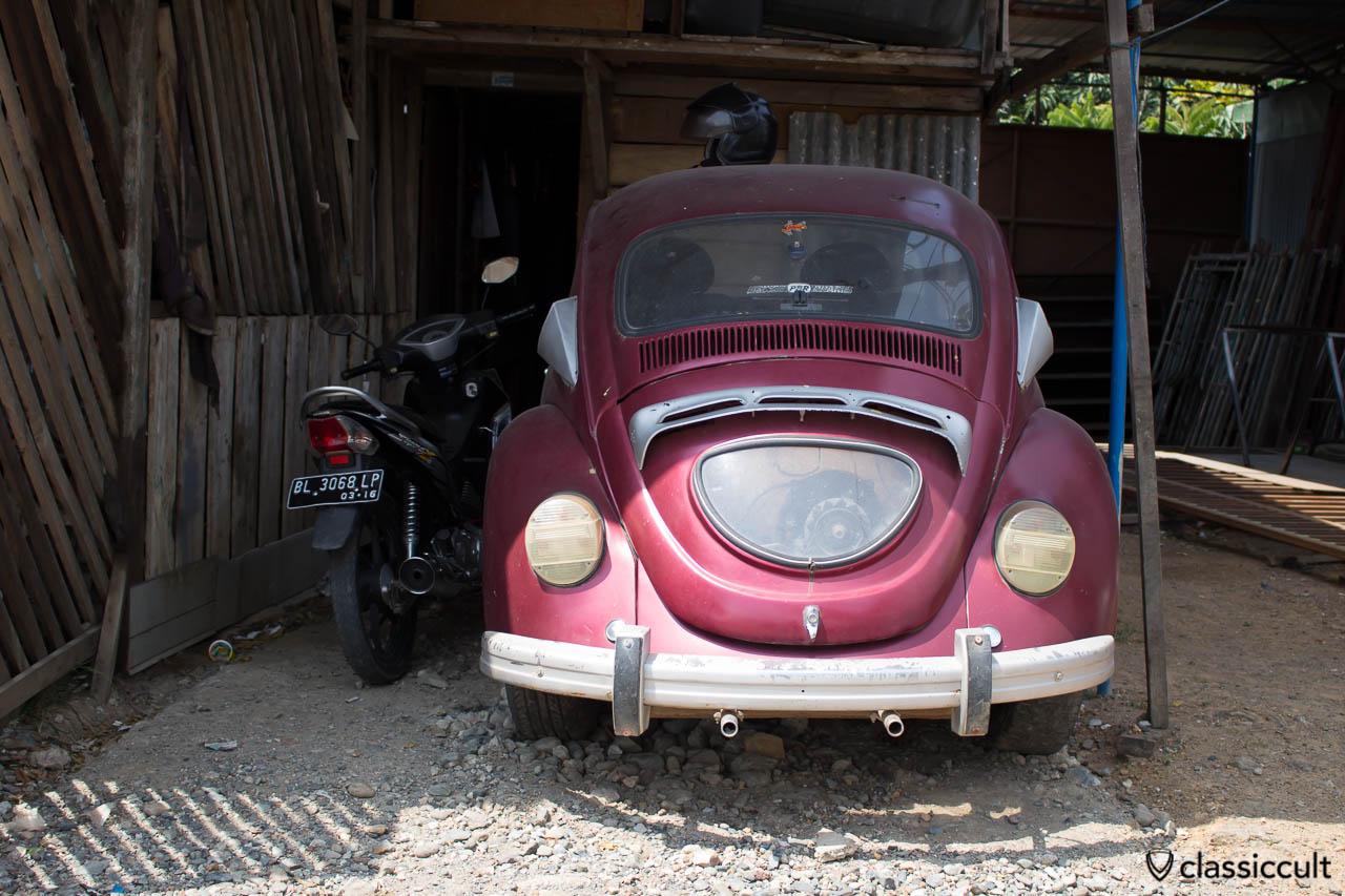 VW Beetle with self-made motor window