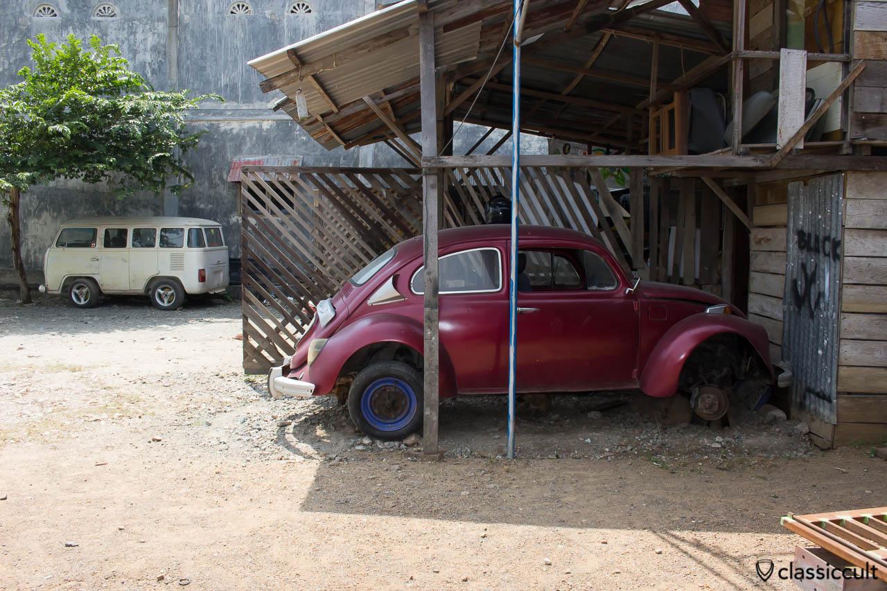 VW Beetle with self-made motor window
