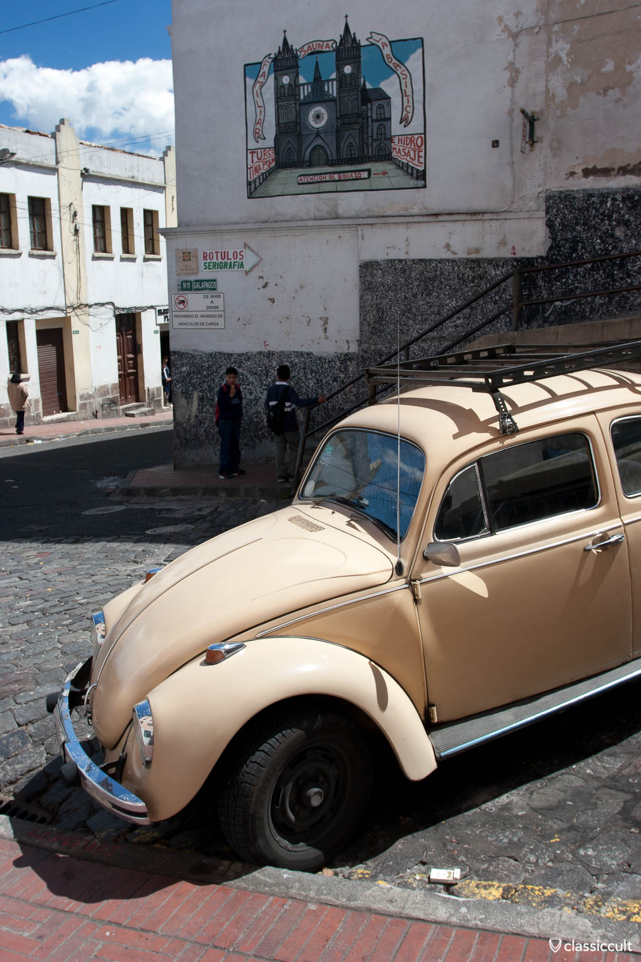 VW Bug 1600 Quito Ecuador