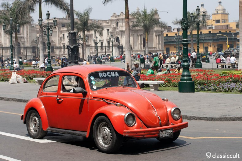 VW Bug Plaza Mayor Lima Peru