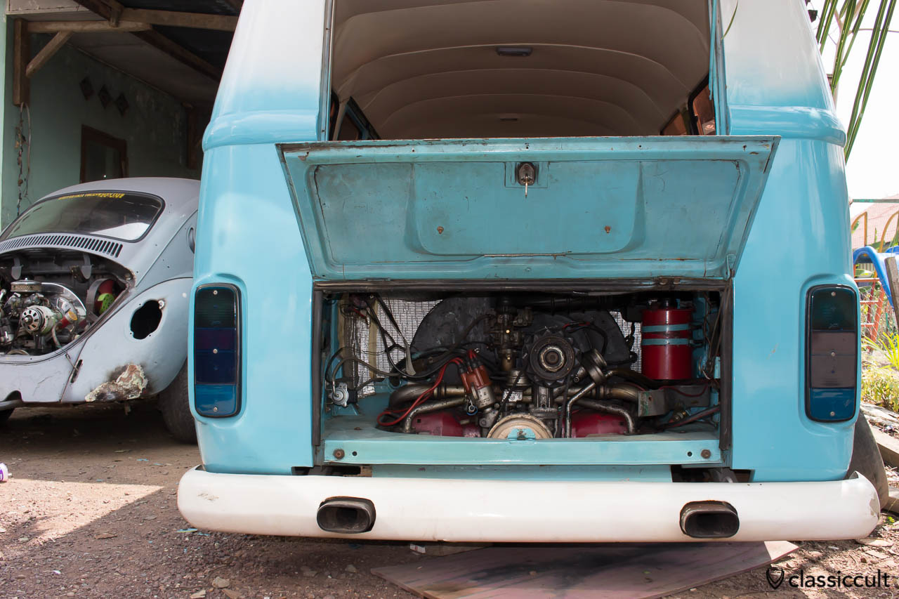 VW Bus and Bug Restoration Aceh Indonesia - bus motor