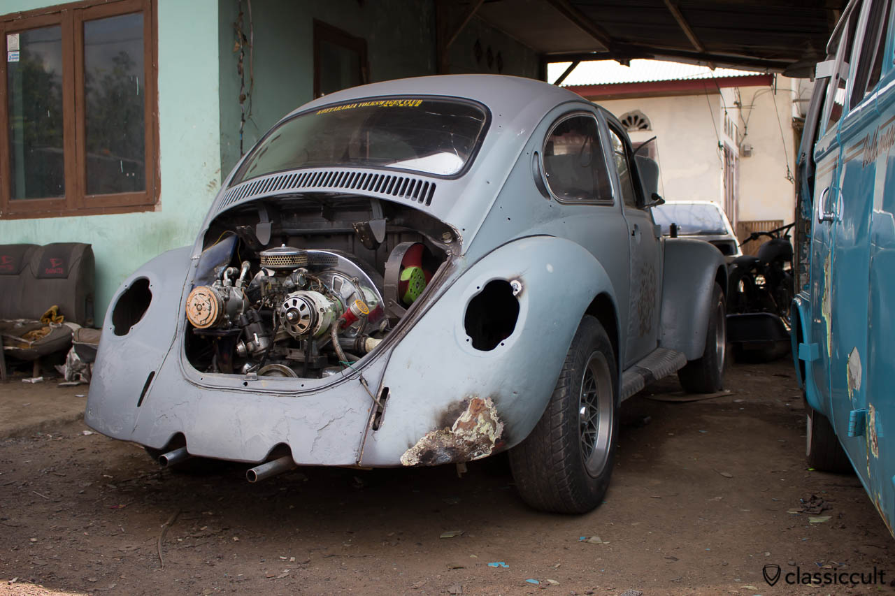 VW Bus and Bug Restoration Aceh Indonesia - bug motor