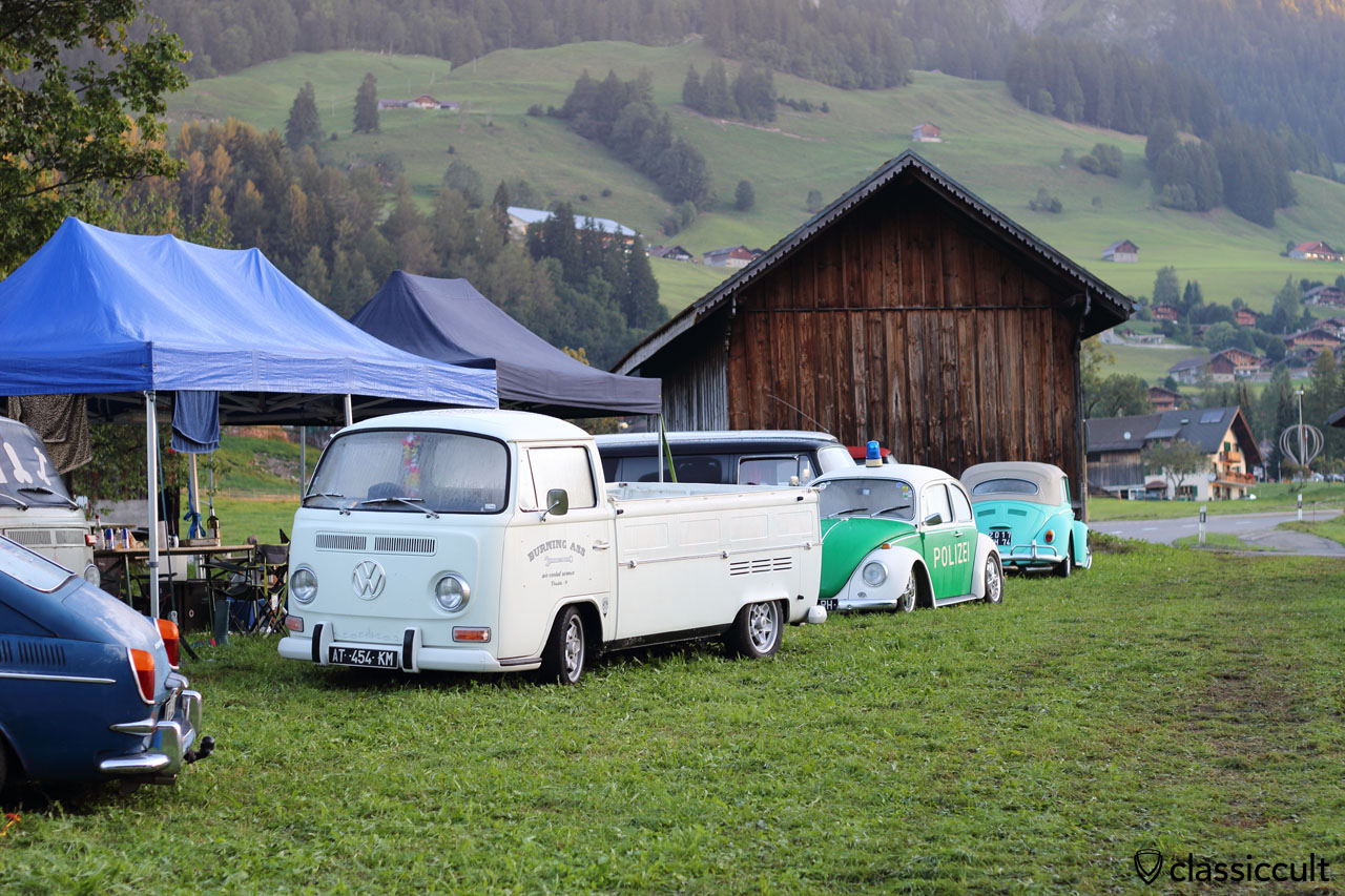 Classic VWs at Camping #3, Saturday 29th August 2015, 7:06 a.m., Château-d'Oex VW Meeting, Switzerland