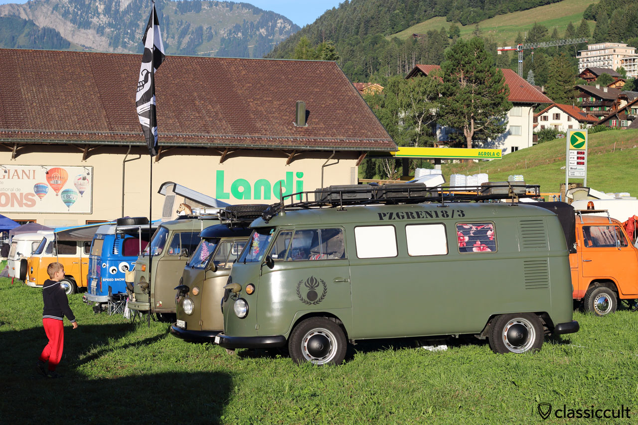 Army VW Bus PZGREN 18/3