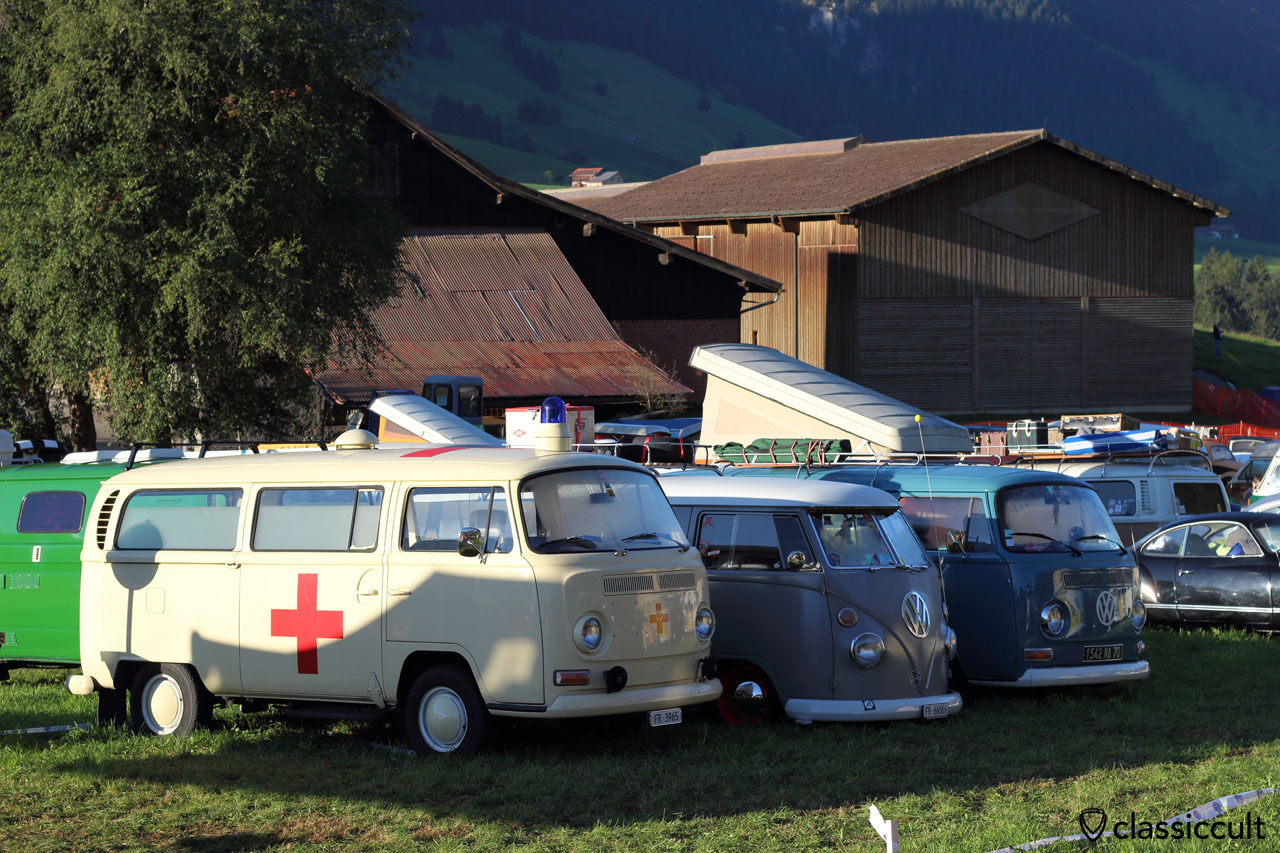 VW T2b Red Cross Bus