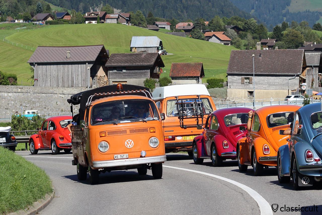 Classic VW Parade in Pays-d'Enhaut, VW Show Château-d'Oex 2015